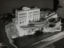 Maquette d&#039;un projet de Marinarium, c.a. 1960, Photographie en noir et blanc, Collection Mairie de Monaco / Mdiathque Communale